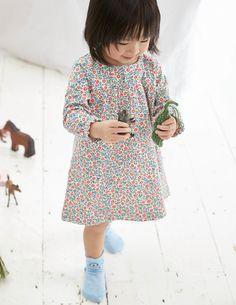 Super Soft Jersey Dress in Vanilla Pod Primrose | Mini Boden