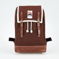 YKRA MATRA MINI Dimensions: 45 x 26 x 16 cm Materials: 100 % cotton canvas, tanned cowhide leather, steel buckles, top grade mountain climbing rope Quality manufactured by hand in Budapest, Hungary. All our backpacs are are made by order! Please allow up to 2 weeks for production! We appreciate your patience!