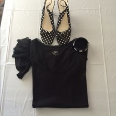 TOP Short sleeve top with Ruffle detail on side shoulder cute basic black top lettuce cut design around collar 25 inches long ANN TAYLOR LOFT Tops Tees - Short Sleeve
