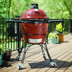 An incredible smoker gets special Christmas discount. The Kamado Joe Classic II is a perfect gift for the griller in your life and now only €1395! Save €200 on this superb grill! #Barbecue #BarbecueIreland #ChristmasPresentIdeas