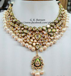 An alluring diamond polki necklace with double-coated pearls and green meenakari | Diamond Polki Jewelry | Bridal Sets | Vilandi Jewelry | Traditional Indian Jewelry | Wedding Jewelry