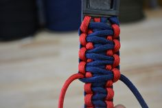 how-to-make-a-paracord-dog-collar38