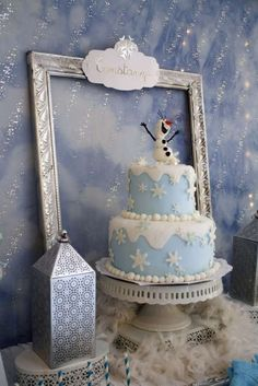 Lovely cake at a Frozen girl birthday party! See more party ideas at… Frozen Themed Birthday Party, Disney Frozen Birthday, 4th Birthday Parties, Birthday Ideas, Olaf Birthday, Girl Birthday, Birthday Cakes, Pastel Frozen, Frozen Cake