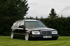 Benz w124 wagon. Family car