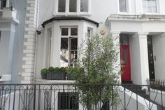 Check out this awesome listing on Airbnb: Cosy 2BD flat in Notting Hill - Apartments for Rent in London