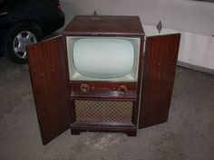 Black and white TV 1950's