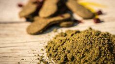 Biscotti di canapa (meglio conosciuta come cannabis) fatti in casa, un dolce semplice e molto buono adatto per stupire i vostri commensali ed offrirgli un sapore diverso dai soliti, unico e completamente legale anche in…