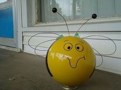 bowling ball yard art, crafts, Bee 3