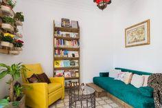 El dormitorio de las estrellas - en Barcelona Bookcase, Barcelona, Shelves, Interior Design, Room, Home Decor, Stars, House Decorations, Yurts