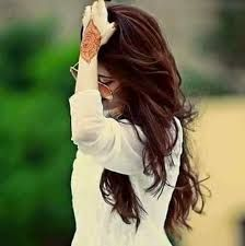 Tips For Changing Your Hairstyle. Cute Girl Poses, Cute Girl Photo, Girl Photo Poses, Stylish Girls Photos, Stylish Girl Pic, Lovely Girl Image, Girls Image, Girl Hiding Face, Stylish Dpz