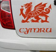 Welsh dragon vinyl decal car bike bumper sticker - Cymru - DEC1003