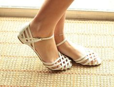 Vintage Mary Janes Sandals Flats White Patent Leather Braided