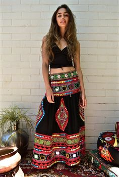 Discover thousands of images about Boho chic fashion, embroidered boho skirt Indian Skirt, Indian Dresses, Indian Outfits, Looks Boho Chic, Looks Style, Tribal Skirts, Boho Skirts, Bohemian Mode, Bohemian Style