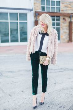 Bow Blouse Tank (old) similar here / Topshop Velvet Pants, similar here& here / Nordstrom Blush Fringe Jacket, similar here / Leopard Clutch / Kate Spade Heelsc/o/ Michael Kors Watch / Kate Spade Earrings / MAC Flat OutFabulousLipstick/ Photos by Stacy Bauer Photography These velvet trousers are what I call, my winter party pants! I …