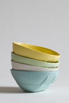 MadHarriet Ceramics by Australian artist, Dale Frances now living and working in the USA (Chicago) Australian Artists, Mad, Chicago, Ceramics, Tableware, Style, Ceramica, Dinnerware, Dishes