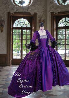 Robe de Marie Antoinette. Colonial géorgienne du XVIIIe siècle enregistrée taffeta robe de soirée. Totalement désossée pour lift buste authentique ; aucun corset requis