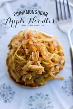Sugar Apple Noodles cinnamon sugar apple noodles- these are a delicious, gluten free sweet treat! Can be made paleo, too!cinnamon sugar apple noodles- these are a delicious, gluten free sweet treat! Can be made paleo, too! Fruit Recipes, Apple Recipes, Brunch Recipes, Breakfast Recipes, Dessert Recipes, Cooking Recipes, Desserts, Breakfast Dessert, Veggetti Recipes