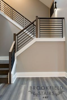 Indoor Stair Railing, Staircase Railing Design, Interior Stair Railing, Modern Stair Railing, Home Stairs Design, Modern Stairs, Stair Case Railing Ideas, Metal Stairs, Staircase Remodel