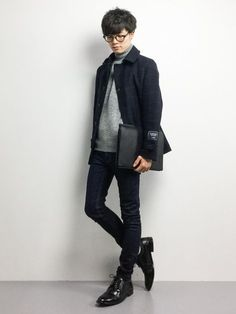 men's outfits looks fabulous. Asian Fashion, Love Fashion, Fashion Design, India Fashion, Fall Fashion, Poses, Latest Mens Fashion, Womens Fashion, Herren Outfit