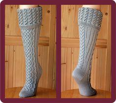 Sock pattern / PDF / style: Rhiannon