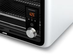 Let This Intelligent Oven Cook All Your Meals For You - MATERIAL - the controls/screen are placed in such a smart way. Micro Oven, Kitchen Tools, Kitchen Appliances, Innovation, Oven Cooking, Tech, Microwave Oven, Consumer Products, Four