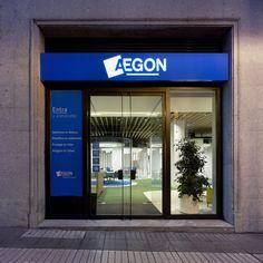 AEGON Advisor canal Madrid by MVN Arquitectos www.mvn-arquitetos.com Madrid, Garage Doors, Outdoor Decor, Home Decor, Architects, Homemade Home Decor, Decoration Home, Interior Decorating
