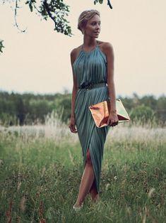 Love this dress! Elegant