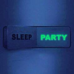 Już za 3 tygodnie wybije godzina 0! Tak więc koniec spania, czas na PARTY! A jak PARTY to oczywiście czas na Lloret i DISCO TROPICS www.najlepszamajowka.pl + kod na zniżkę GZ-APRU Czekamy na Ciebie!