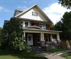 Georgian House in Niagara
