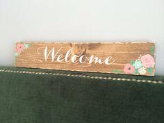Wedding Welcome Sign on wood Rustic Wedding Signs, Wedding Welcome Signs, Wedding Vintage, Marriage Reception, Watercolor Wedding, Wedding Decorations, Groom, Boards, Bride