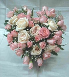 flower arrangements | Now, you can send this romantic valentines day flower arrangement to ...