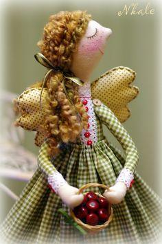 NKALE :-) SOLO MODELO, muchas muñecas rusas, bonitas y muy originales.