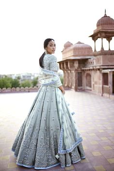 Looking for Ice blue sister of the bride outfit? Browse of latest bridal photos, lehenga & jewelry designs, decor ideas, etc. Indian Bridal Outfits, Indian Designer Outfits, Pakistani Outfits, Bridal Dresses, Punjabi Wedding Dresses, Designer Dresses, Moda India, Bride Sister, Sister Wedding