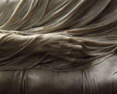 cristo velato by giuseppe sammartino - sansevero Giuseppe Sanmartino, Jesus Is Life, Giorgio Vasari, Camille Claudel, Christian Images, Traditional Art, Art Boards, Sculpture Art, Sculpting