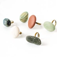 Make cool pebble rings. Click for the full tutorial!