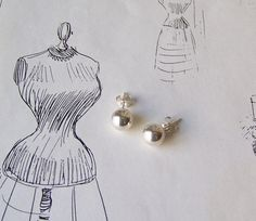 Vintage Sterling Silver Ball Earrings Silver Ball by CynthiasAttic