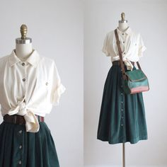 Vintage Dresses, Vintage Outfits, Vintage Fashion, Vintage Inspired Outfits, Blouse Vintage, Vintage Skirt, Outfit Trends, Mode Inspiration, Aesthetic Clothes