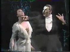 Phantom of the Opera, live performance - 1988 Tony Awards. (Michael Crawford, Sarah Brightman)