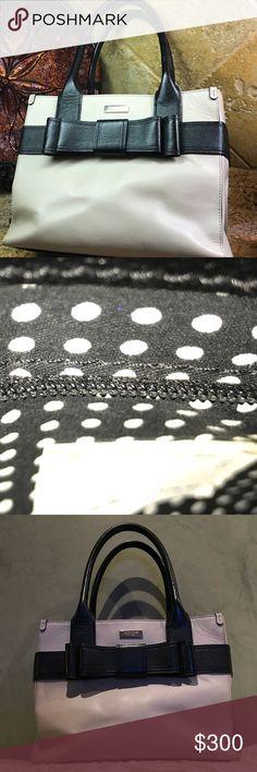 Kate Spade bow purse Adorable tan and black Kate Spade purse Kate Spade Bags