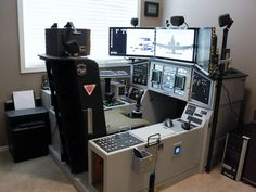 Flat out; best flight-sim cockpit ever! (by DudleyAZ) Flat out; best flight-sim cockpit ever! (by DudleyAZ)