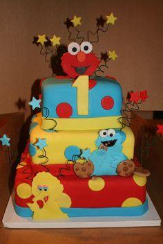 Sesame Street Cake. @Carlab Cruella Joseph would love this