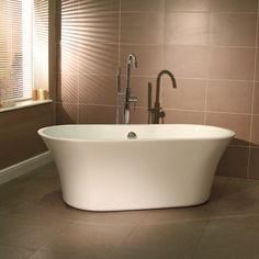 £489.95 Valencia 1590 x 740 Luxury Freestanding Bath