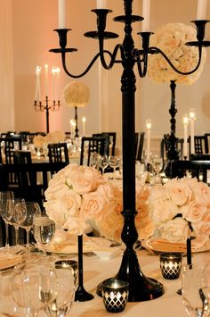 Inspiration for a black & white wedding theme. Photograph by: Yvette Roman | Consultant: Alex Events