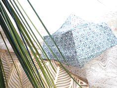 Unisex Mundschutz |  waschbar |  Baumwolle Behelfsmaske |  Boho Look | Brillenträger |  Stoffmaske | made in Austria |  Origami Maske 50 Shades, Shades Of Grey, Boho, Shopping Mall, Best Sellers, Etsy Shop, Unisex, Amazon, Summer