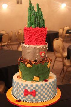 OMC! WIZARD OF OZ CAKE!?! i'M IN LOVE!