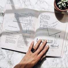 Stay connected to what matters even when you're having a lazy Sunday |  @mrskalabin
