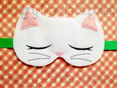 Kitty Cat sommeil masque Design de broderie par HappilyAfterDesigns