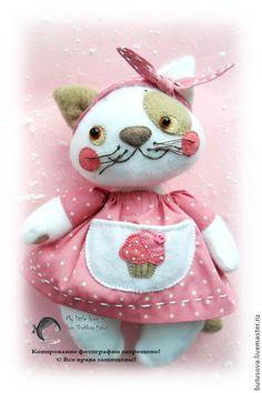 :: Crafty :: Doll ::  Animalia ~ Развивающие игрушки ручной работы. Ярмарка Мастеров - ручная работа Кошечка МАХА. Игрушка для малышей. Handmade.