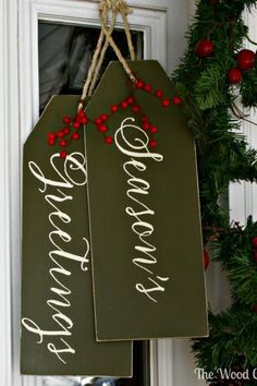 With this Christmas door decoration, you won't have to worry about damage from winter storms. Once you cover your seasonal decorations with matte adhesive spray, nothing will get in the way of your Christmas fun.