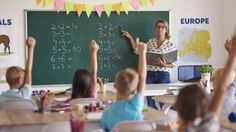 #latest #world Support staff 'plugging more teaching gaps' http://www.bbc.co.uk/news/education-38920344?utm_source=dlvr.it&utm_medium=twitter … #news #trending #latest #world #news